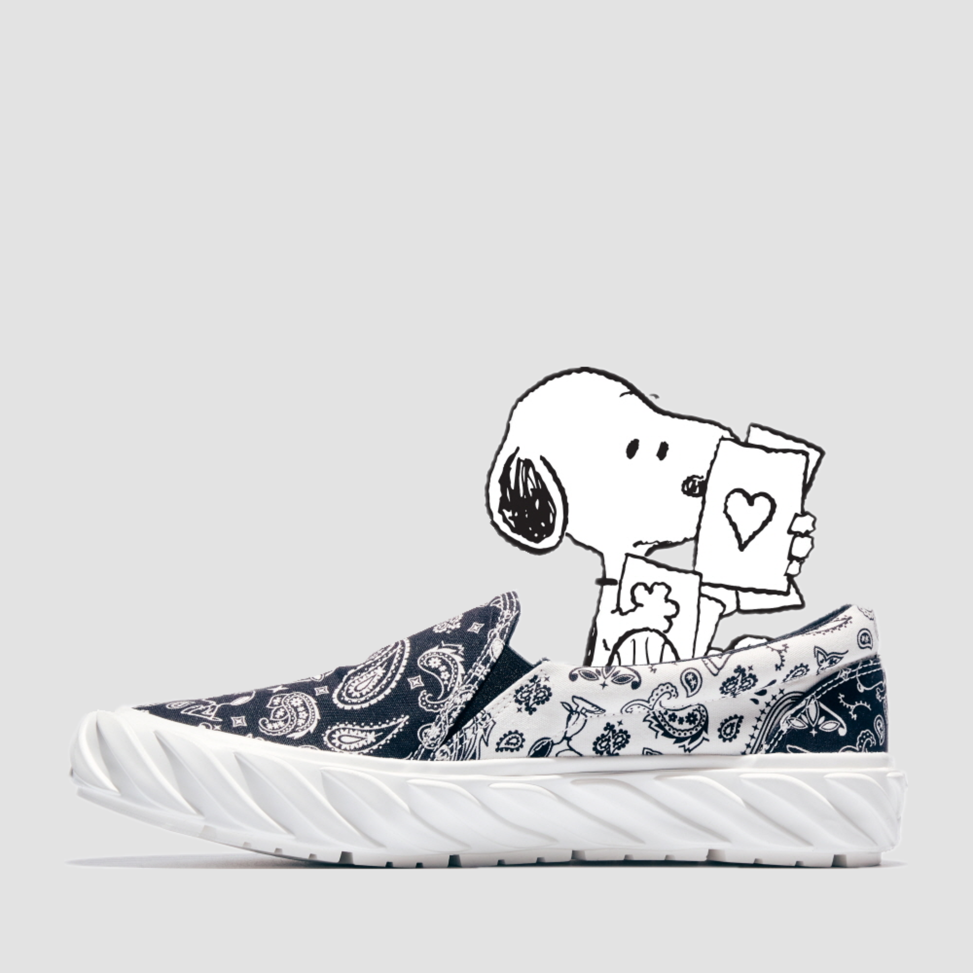 AGE X Snoopy Bandanna ON BW - 6월 04일 예약배송